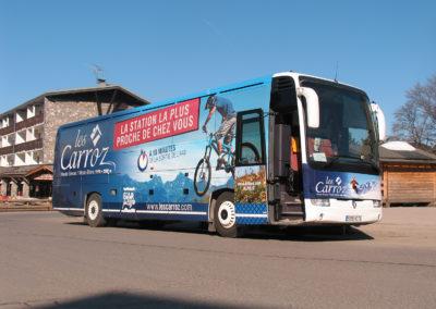 Les Carroz – Total covering de bus