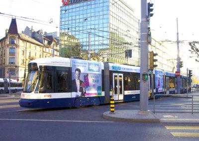 Grand massif – Publicité sur tramway à Genève